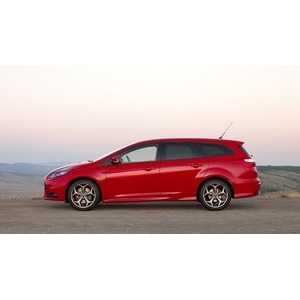 Příčníky Thule Ford Focus III Combi 2011-