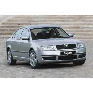 Příčníky Thule WingBar Black Škoda Superb I 2001-2008