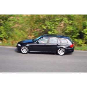 Příčníky Thule WingBar Black BMW 3 Touring E91 2005-2011 s pevnými body
